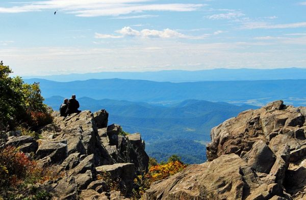 virginia-hikes-upper-hawksbill-hikers